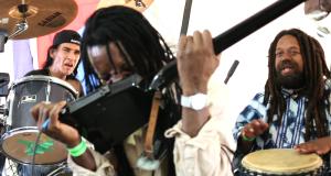 Carassauga-2017-Festival-of-Cultures_Jamaica-Pavilion_Reggae-Band-mossaicedition_ea