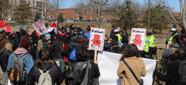 Hamilton-Police presence keeps opposing ideological groups apart on Locke Street - mosaicedition.ca-ea