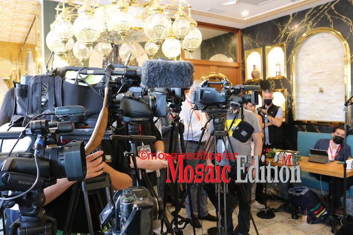 During the question period, a reporter demanded to know why Justin Trudeau packed the restaurant with people, more than the number, 25, for indoor activity. The reporter wanted to know if permission was granted for the event. Photo of media - Mosaic Edition Edward Akinwunmi