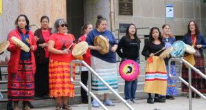 La marche pour les filles disparues autochtones. Photo Mosaic Edition Edward Akinwunmi.